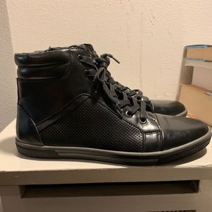 """Kenneth Cole Reaction """"All Crown Up"""" sneaker"""